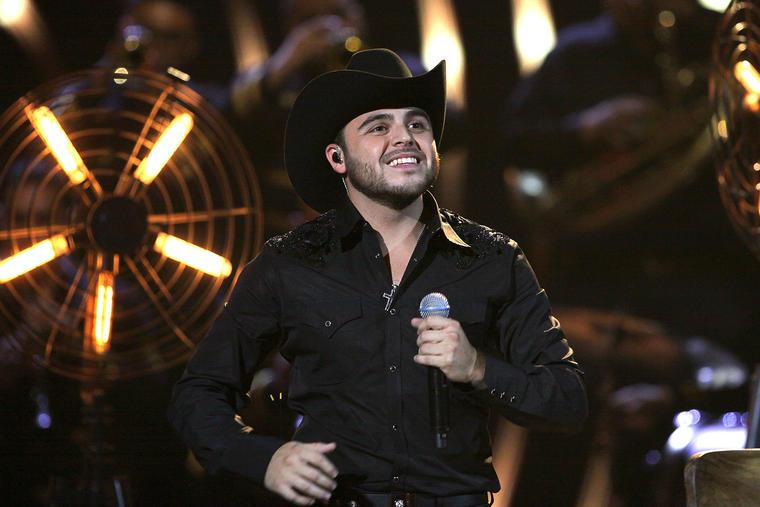 Gerardo Ortiz en Telemundo's Latin American Music Awards 2015 - Show