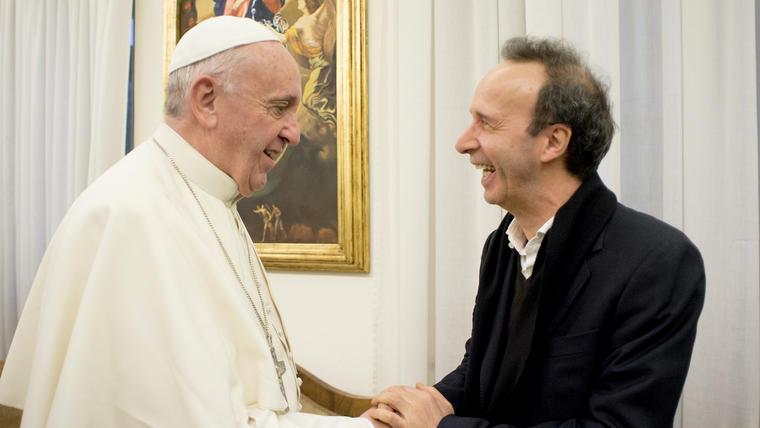Roberto Benigni elogia al papa Francisco