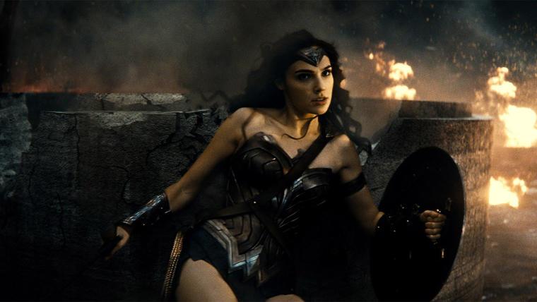 """Gal Gadot como la Mujer Maravilla en una escena de """"Batman V. Superman: Dawn Of Justice""""."""
