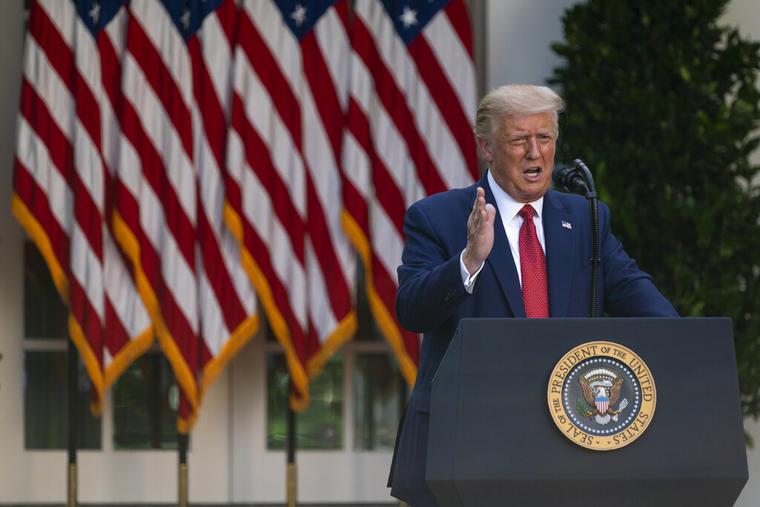 Donald Trump durante una conferencia de prensa en la Rosaleda de la Casa Blanca