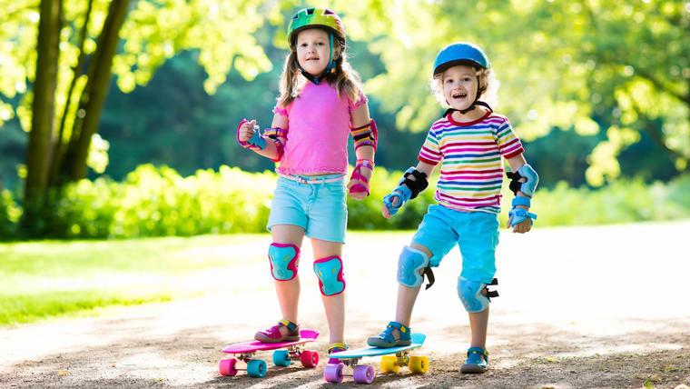 Ideas de ropa infantil deportiva para niños y niñas activos