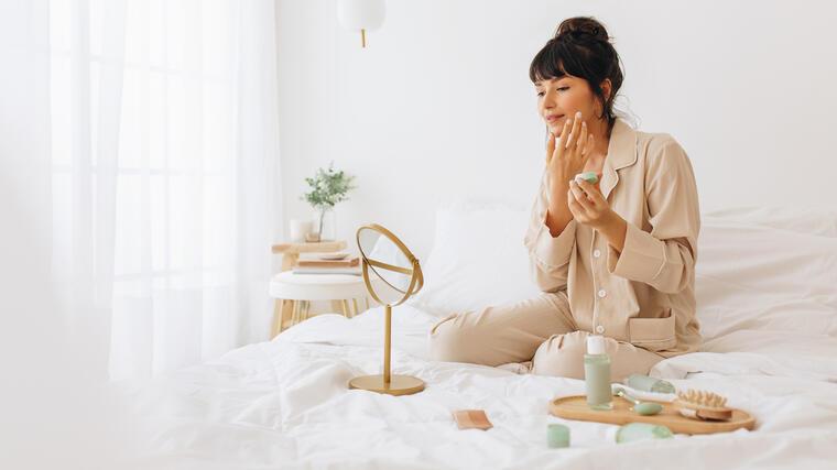 La rutina de cuidado otoñal que tu piel necesitará | Telemundo