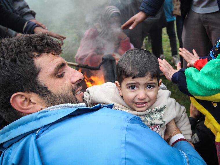refugiados fogata