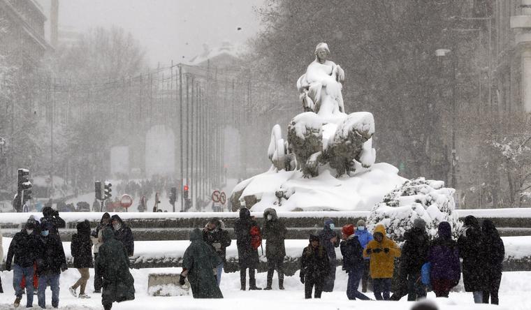 Madrid, cubierta de nieve.