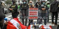 El presidente de Perú afronta un alto nivel de descontento