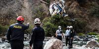 Sube a 29 las muertes por el accidente de un autobús en Perú