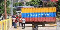 El tránsito en la frontera entre Venezuela y Colombia sigue restringido