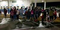 Regresan a Honduras migrantes deportados de EE.UU. y México