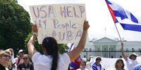 Manifestantes protestan contra el Gobierno cubano en Washington D.C.