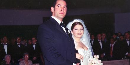 Itatí Cantoral y Eduardo Santamarina en su boda en 1998.