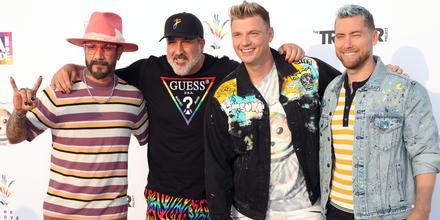 """AJ McLean, Joey Fatone, Nick Carter y Lance Bass en el show """"Bingo Under The Stars"""""""