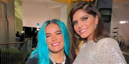Ana Bárbara y Karol G en los Premios Billboard 2021