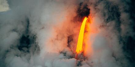 Tubo de lava debajo de un casa