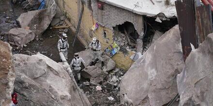 Un grupo de rescatistas buscaba a sobrevivientes en Tlalnepantla, en las afueras de Ciudad de México, el 10 de septiembre de 2021.
