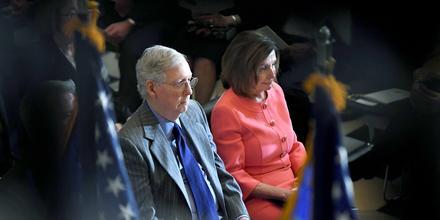 El líder de la mayoría republicana en el Senado, Mitch McConnell