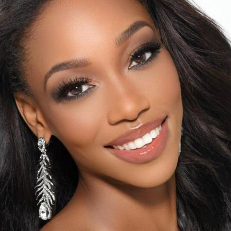 Shauntae A. Miller Miss Bahamas Universo 2020