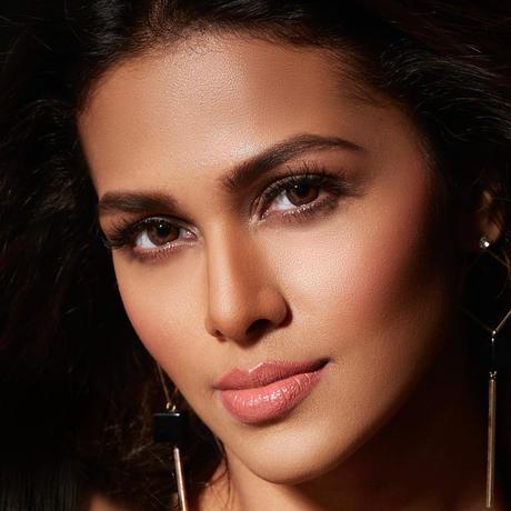 Adline Castelino Miss India Universo