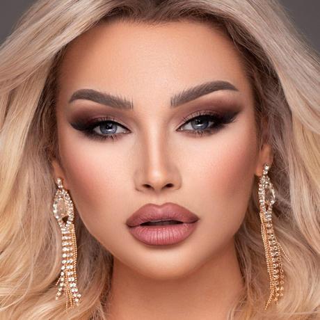 Blerta Veseli Miss Kosovo Universo
