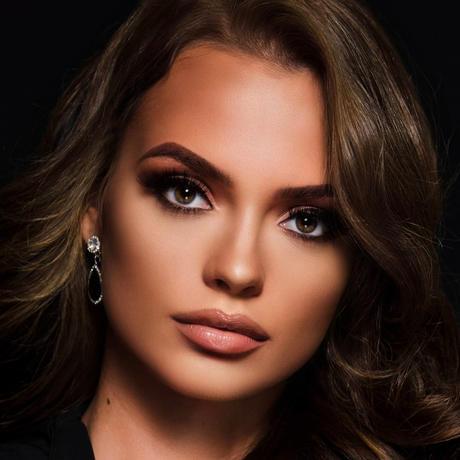 Chantal Wiertz Miss Curazao Universo