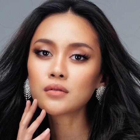 Francisca Luhong James Miss Malasia Universo