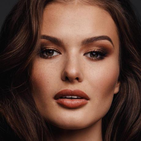 Klára Vavrušková Miss República Checa Universo