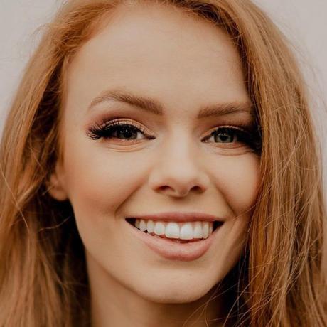 Nadia Sayers Miss Irlanda Universo