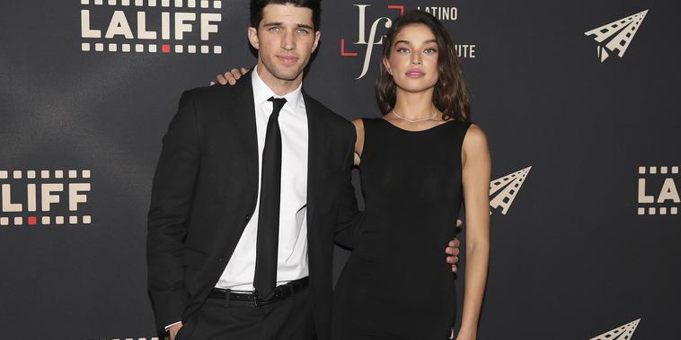 El actor Bryan Craig con la modelo Daniela Lopez en el cierre del festival de cine LALIFF.