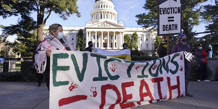 Manifestación contra los desalojos en California