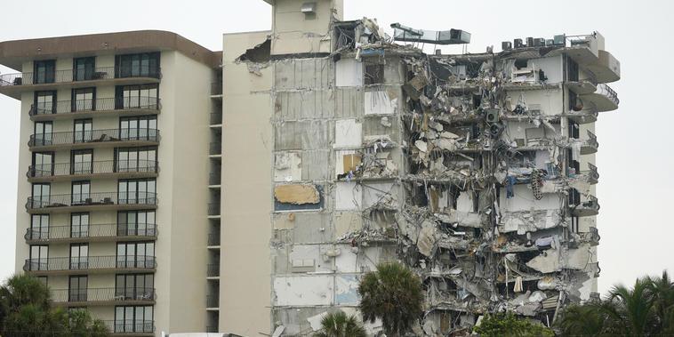 Persiste el temor de que el edificio se desplome totalmente mientras se realizan las tareas de búsqueda.