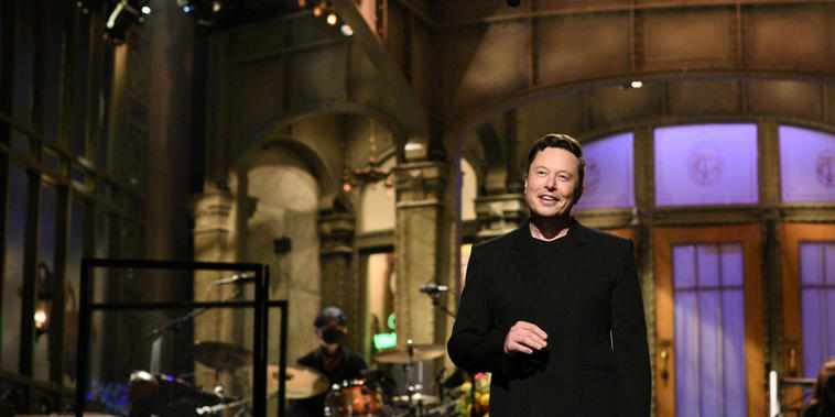 Elon Musk en un monólogo de 'Saturday Night Live'.