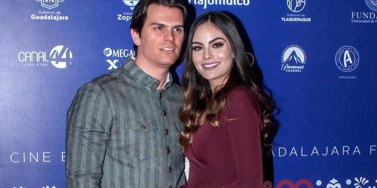 Juan Carlos Valladares y Ximena Navarrete en la alfombra roja del Festival Internacional de Cine de Guadalajara 2018