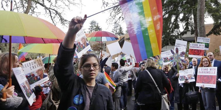 Una manifestación a favor de los derechos de los homosexuales.jpeg