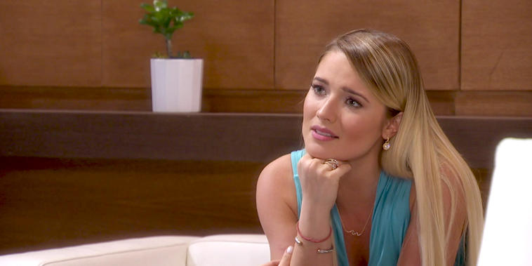 """¿Quién es Quién?, Capítulo 45: Fernanda reconoce que está enamorada de """"Leonardo"""""""