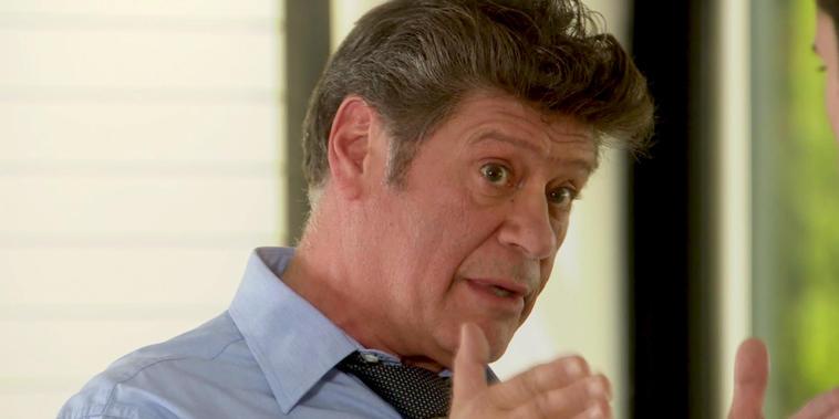 Eva La Trailera, capítulo 66: Robert le dice a Luis como dirigir la empresa.