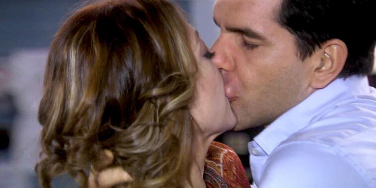 Eva La Trailera, capítulo 75: Eva le acepta a Pablo que lo sigue amando