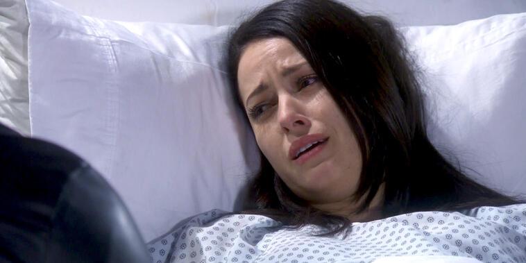 Eva La Trailera, capítulo 79: Betty tendrá que someterse a una cesárea de emergencia