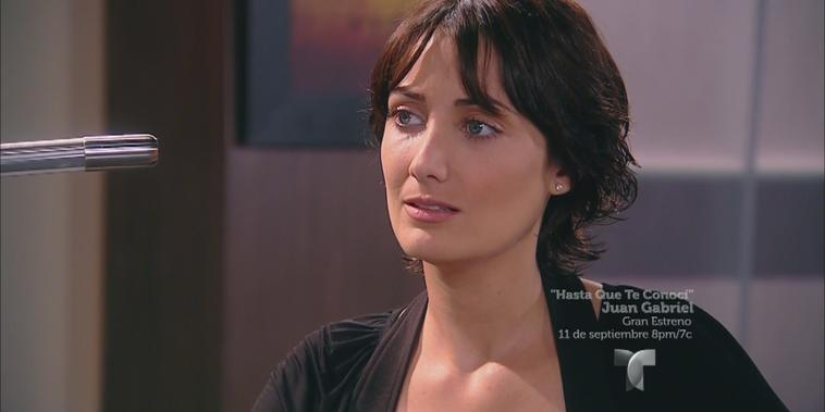 Más Sabe el Diablo Capítulo 9: La policía reconoce a Gregorio como sospechoso y Manuela busca acercarse a Ángel.
