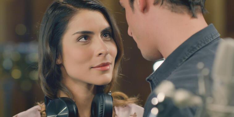 Guerra De Ídolos,Capítulo 5: Manara le dice a Mateo que lo quiere como su productor