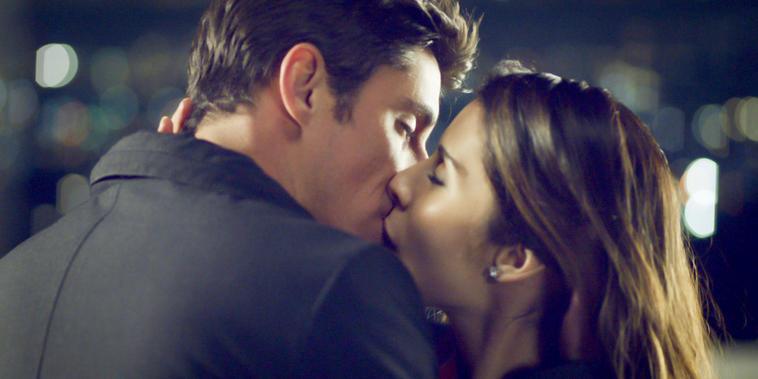 Guerra De Ídolos,Capítulo 6:Mateo y Manara se besan por primera vez
