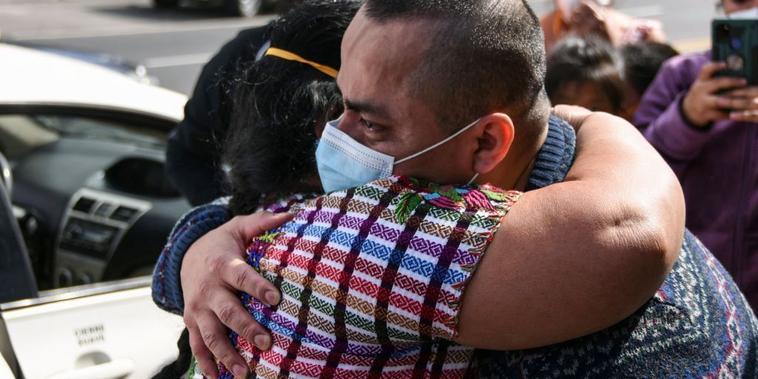 Migrante guatemalteco deportado