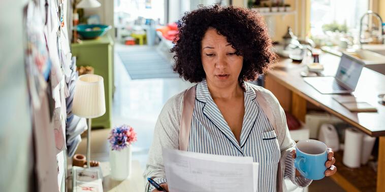 Los asesores indican que lo importante es empezar a ahorrar en un sistema de inversión, aunque sea en pequeñas cantidades, tan pronto como sea posible.