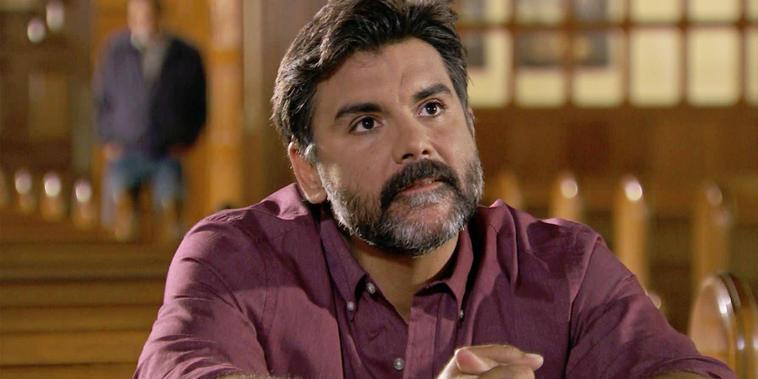 Eva La Trailera, capítulo 73: Armando quiere recuperar a su familia