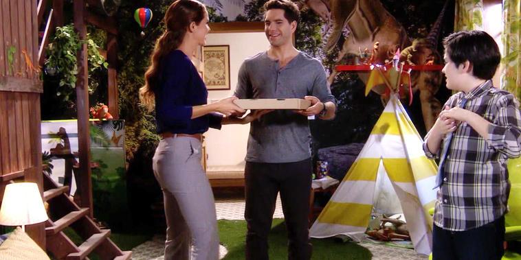 Eva La Trailera, capítulo 89: Pablo invita a la doctora Ana Maria Granados a su casa.