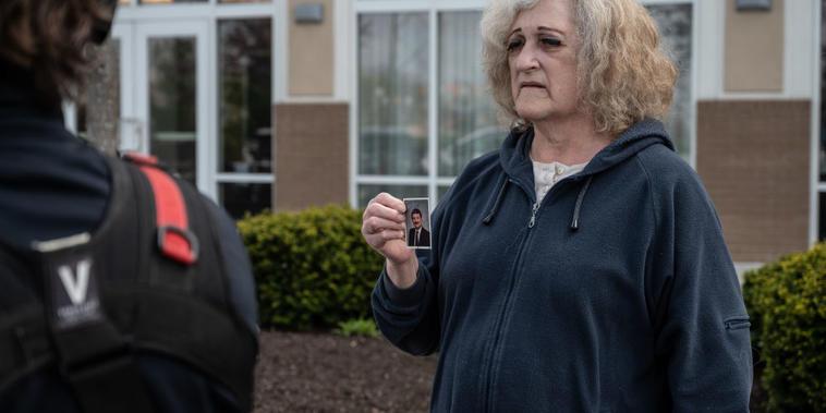 Mary Carol Weisert, esposa John Weisert, víctima mortal del tiroteo en FedEx, Indianapolis.
