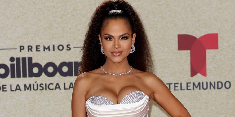 Natti Natasha en los Premios Billboard de la Música Latina 2021
