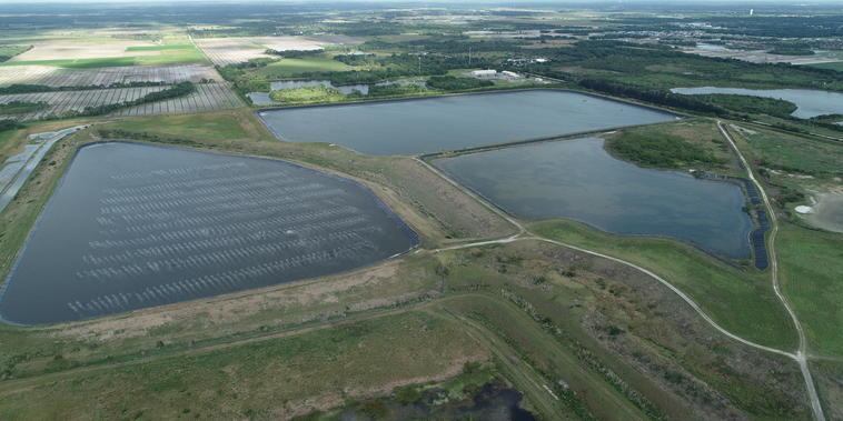 Planta de fosfato en Piney Point, Florida.