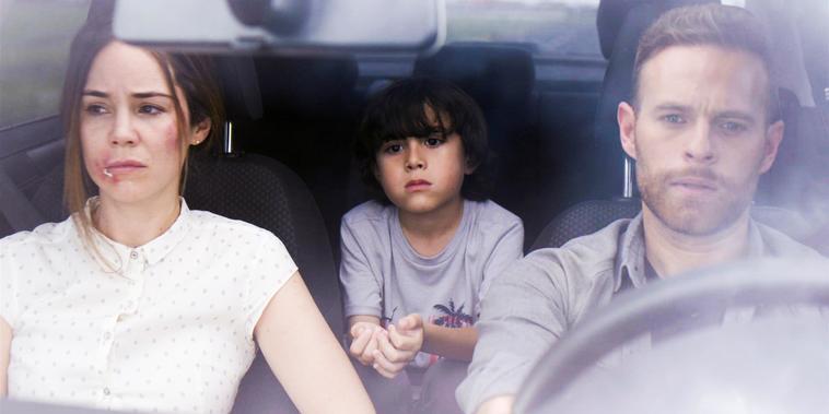 Isabel y Diego huyen a EE.UU