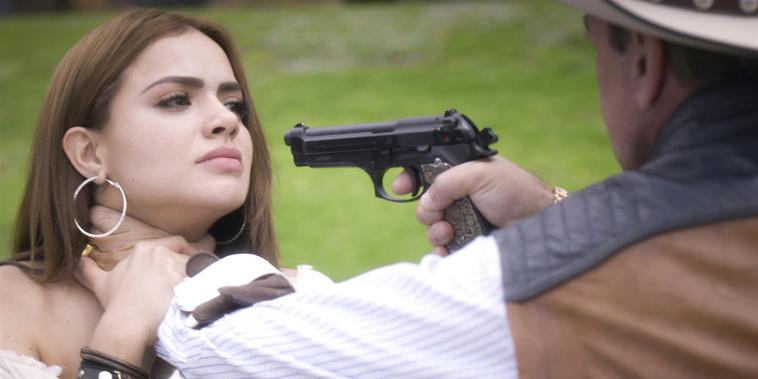 Gavino amenaza a Circe