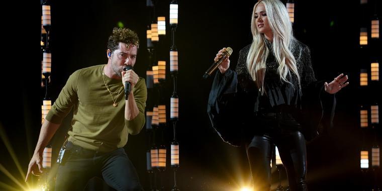 David Bisbal y Carrie Underwood en los ensayos de los Latin American Music Awards 2021