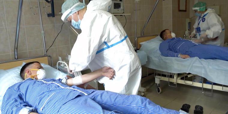 Una fase de los ensayos realizados en Rusia para desarrollar una vacuna contra el coronavirus.